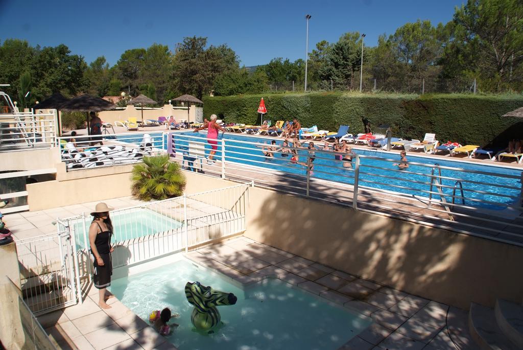 Pour sublimer vos vacances en Provence, découvrez le Camping Le Parc à Saint Paul en Forêt